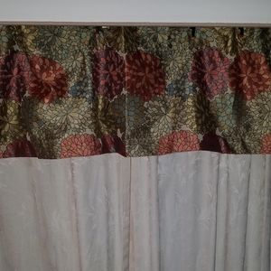 Better Homes & Gardens Floral Valance New